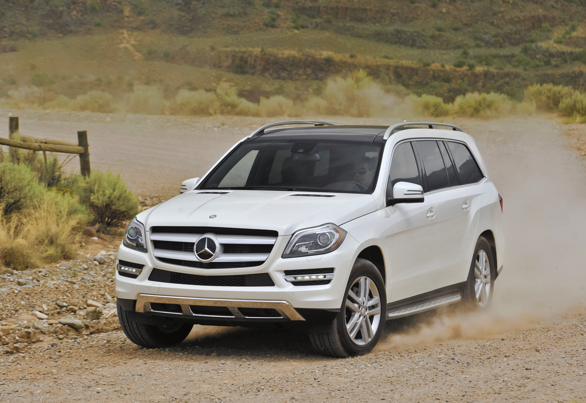 mercedes benz gl 350 bluetec reviewed by autoguide