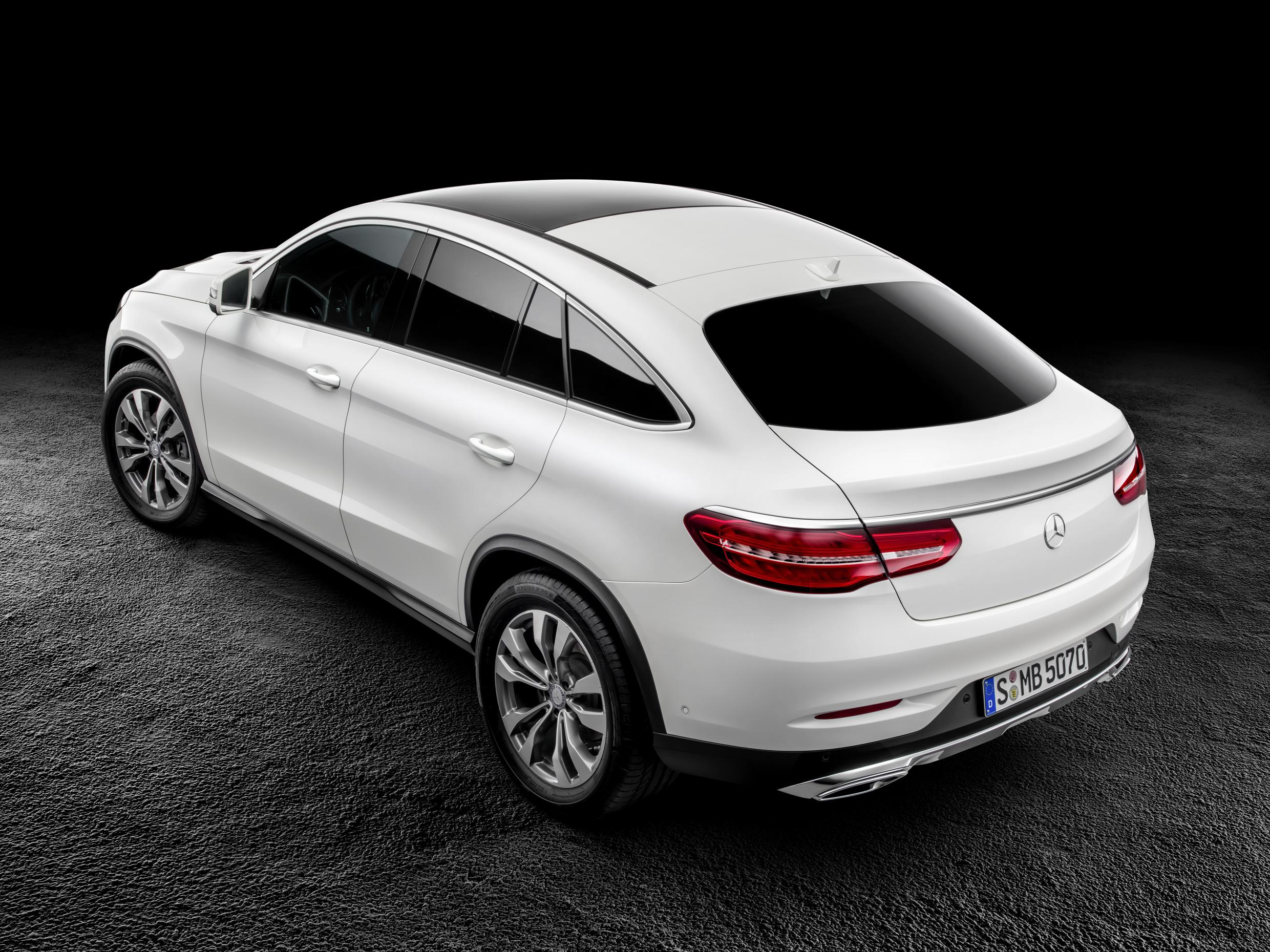 Mercedes Benz Gle Coupe Is Not The Bmw X6 You Were Looking For Video Autoevolution