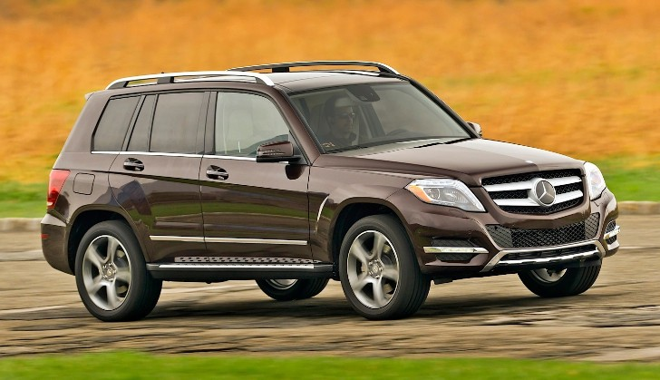 Mercedes-Benz GLK 250 BlueTec Gets Reviewed by AutoGuide