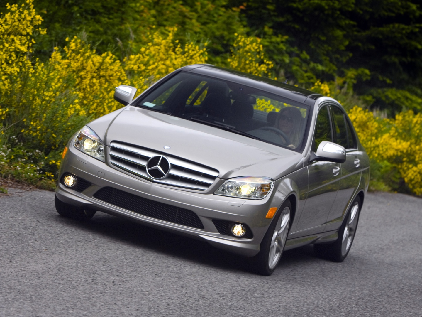 Mercedes benz is the most desired brand by car thieves for Mercedes benz brand