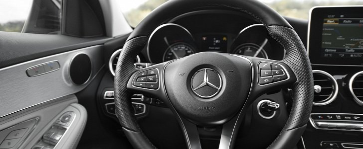 Mercedes-Benz Issues Massive 1M Vehicles Global Recall for Airbag Problems - autoevolution