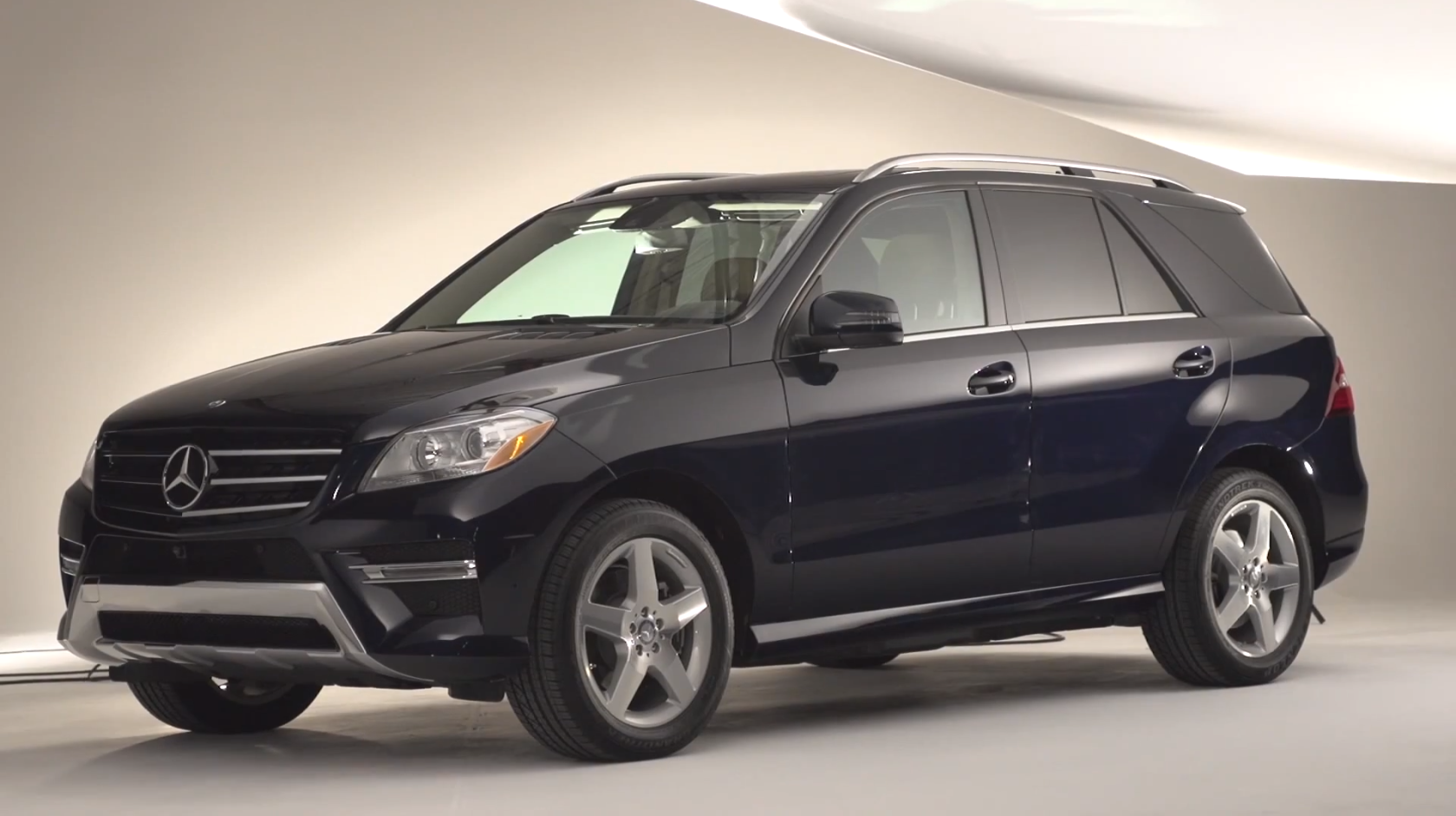 Mercedes-Benz ML 350 BlueTec Gets Reviewed by Drive ...