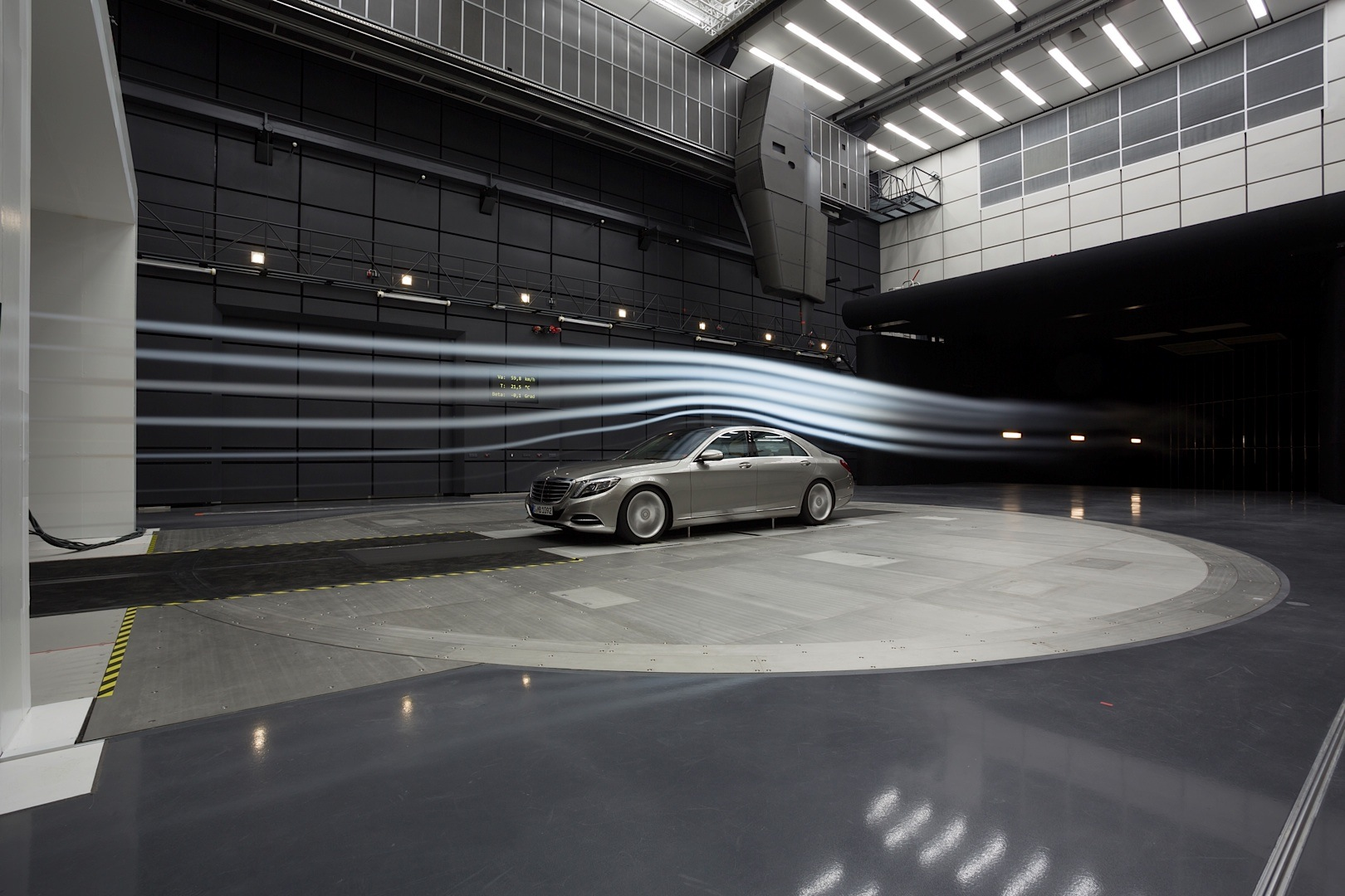 Mercedes Benz Opens New Aeroacoustic Wind Tunnel
