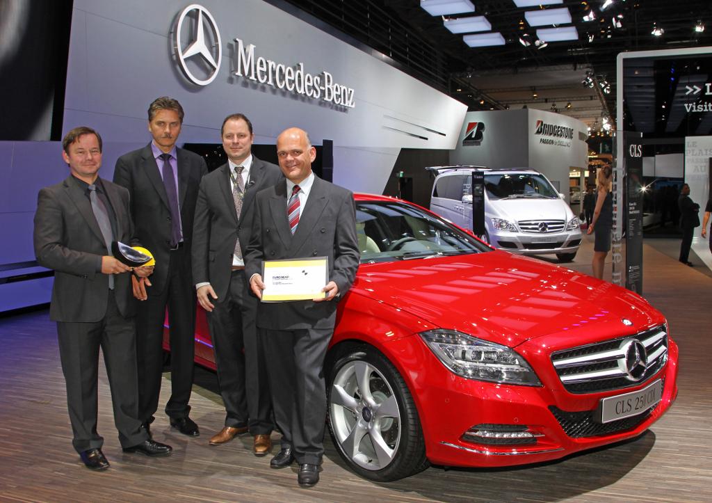 Mercedes benz receives two euro ncap advanced awards for Mercedes benz loyalty program