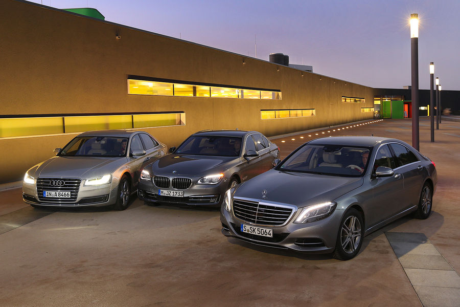 Mercedes Benz S 500 4matic Vs Bmw 750i Vs Audi A8 4 0 Tfsi Quattro Autoevolution