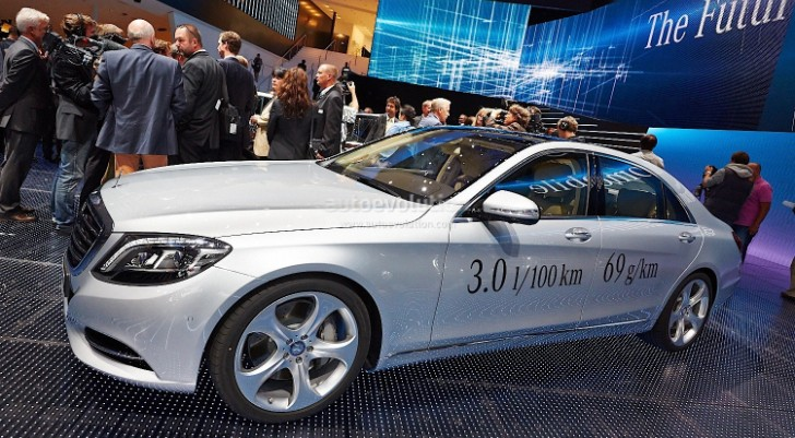Mercedes-Benz S 500 Plug-in Hybrid Unveiled at Frankfurt [Live Photos]