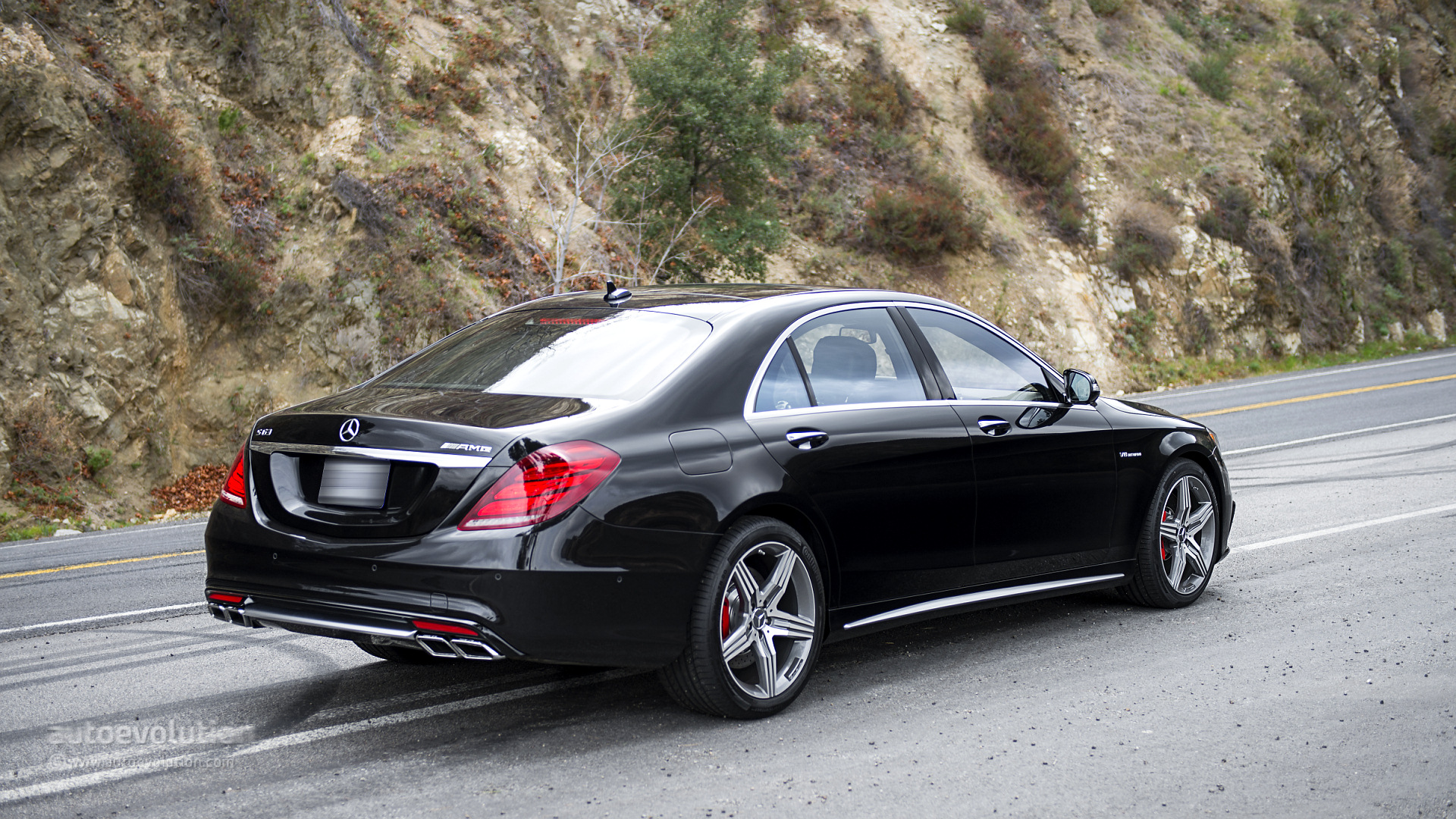 Mercedes benz s 63 amg 4matic tested by autoevolution for Mercedes benz s 63 amg