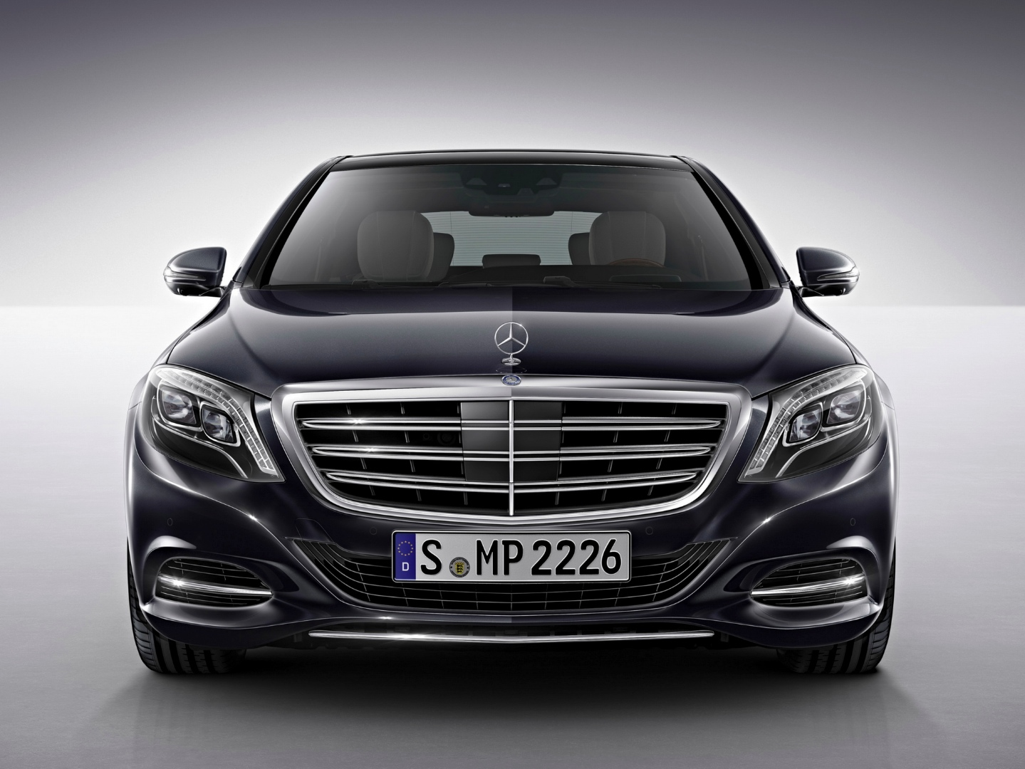 Luxury Vehicle: Mercedes-Benz S-Class Is 2014 World Luxury Car Of The Year