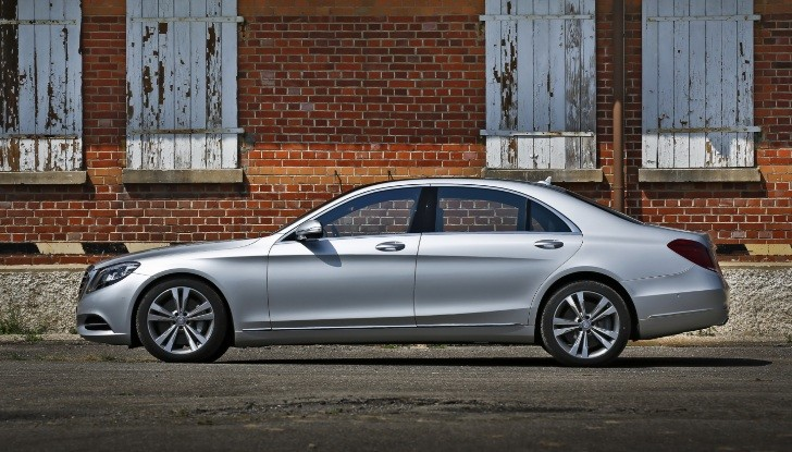 Mercedes benz s class w222 has over 30 000 orders already for Mercedes benz under 30000