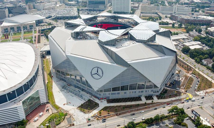 Mercedes benz seeks to go mainstream with atlanta falcons for Atlanta ga mercedes benz stadium