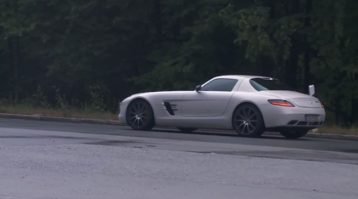 Mercedes-Benz SLS AMG GT Reviewed by Motorvision [Video]