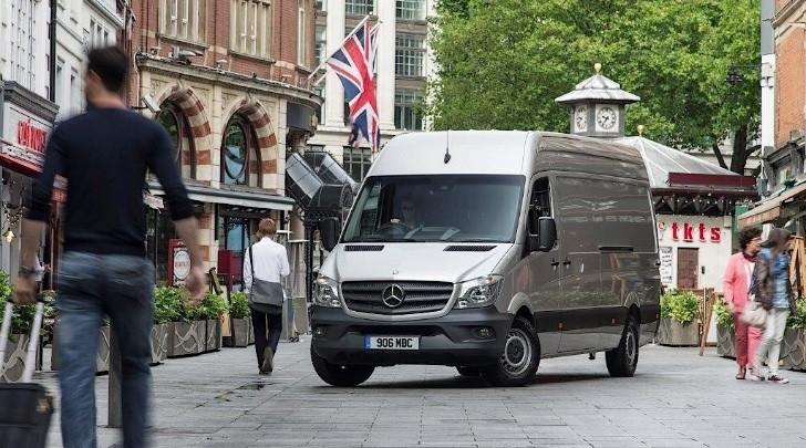 Mercedes-Benz Sprinter Snatches Double Win at The Fleet Van Awards