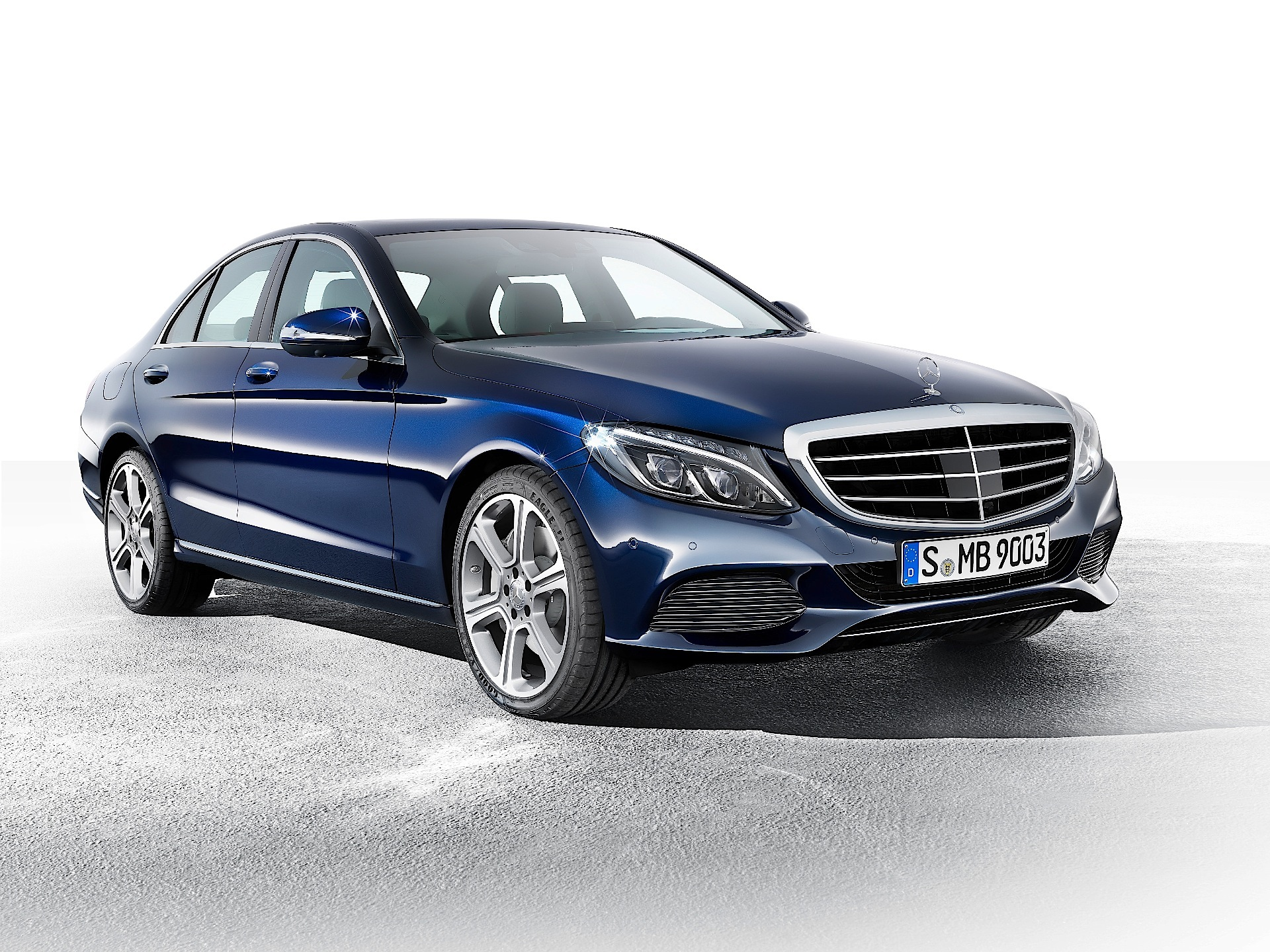 Mercedes benz to launch c160 entry level version of the c for Mercedes benz of
