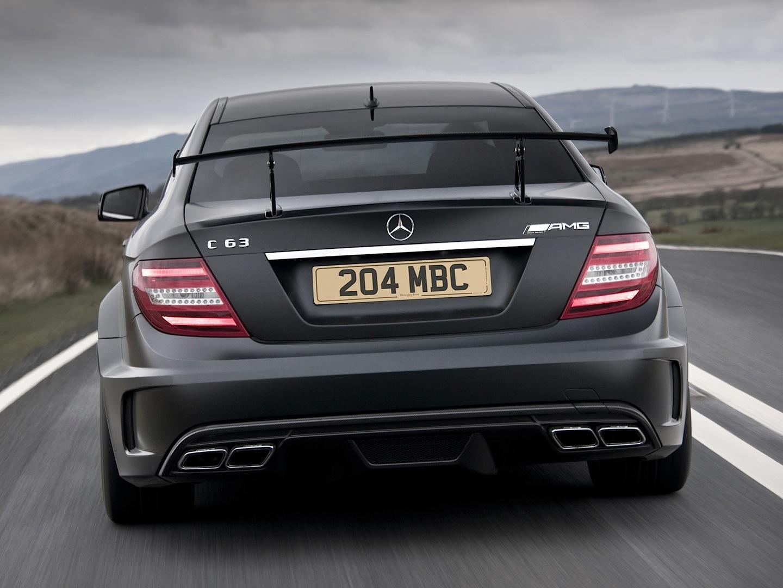 Mercedes benz uk posts impressive model registrations for Mercedes benz england