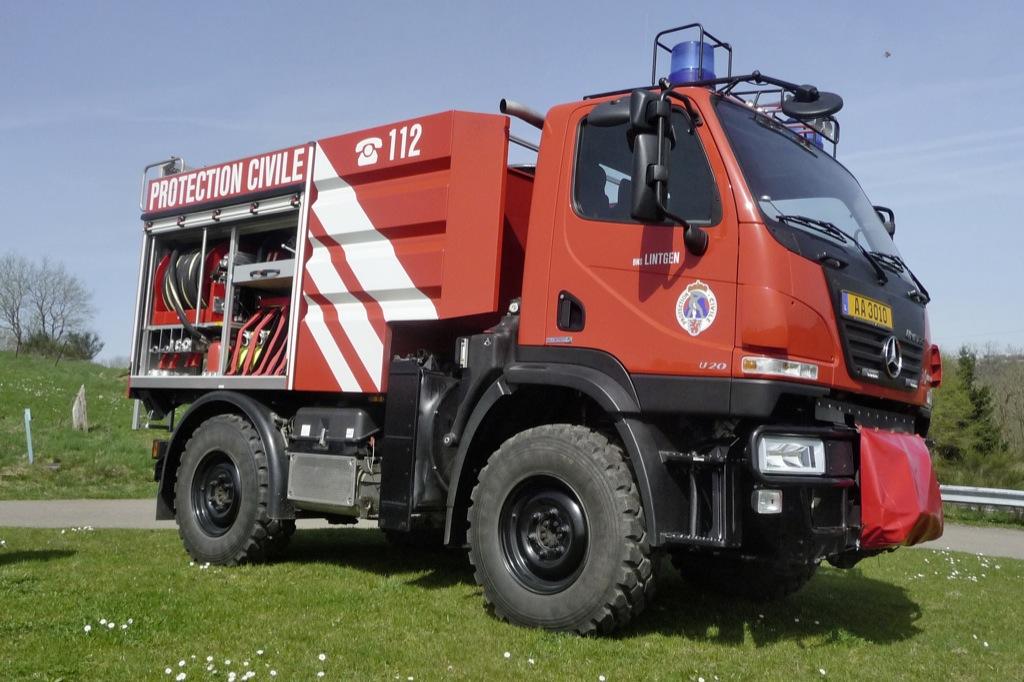 Unimog For Sale >> Mercedes-Benz Unimog U 20 Fights Forest Fires - autoevolution