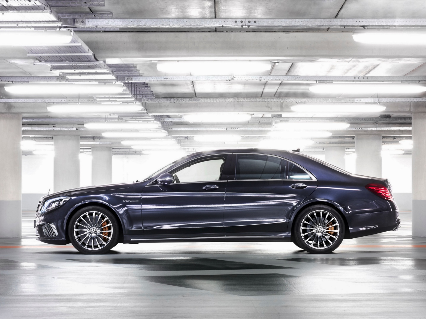 Mercedes benz usa sales soar to record first quarter for Www mercedes benz usa