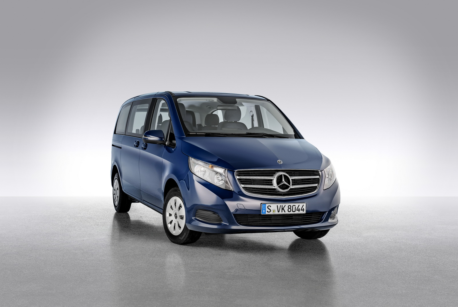 Mercedes benz v class lineup adds rise and limited models for 2018 mercedes benz lineup
