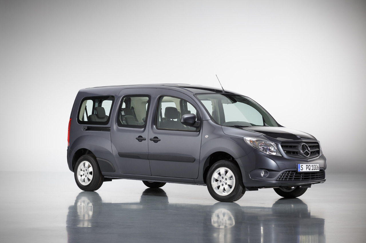 mercedes citan crewbus unveiled autoevolution. Black Bedroom Furniture Sets. Home Design Ideas