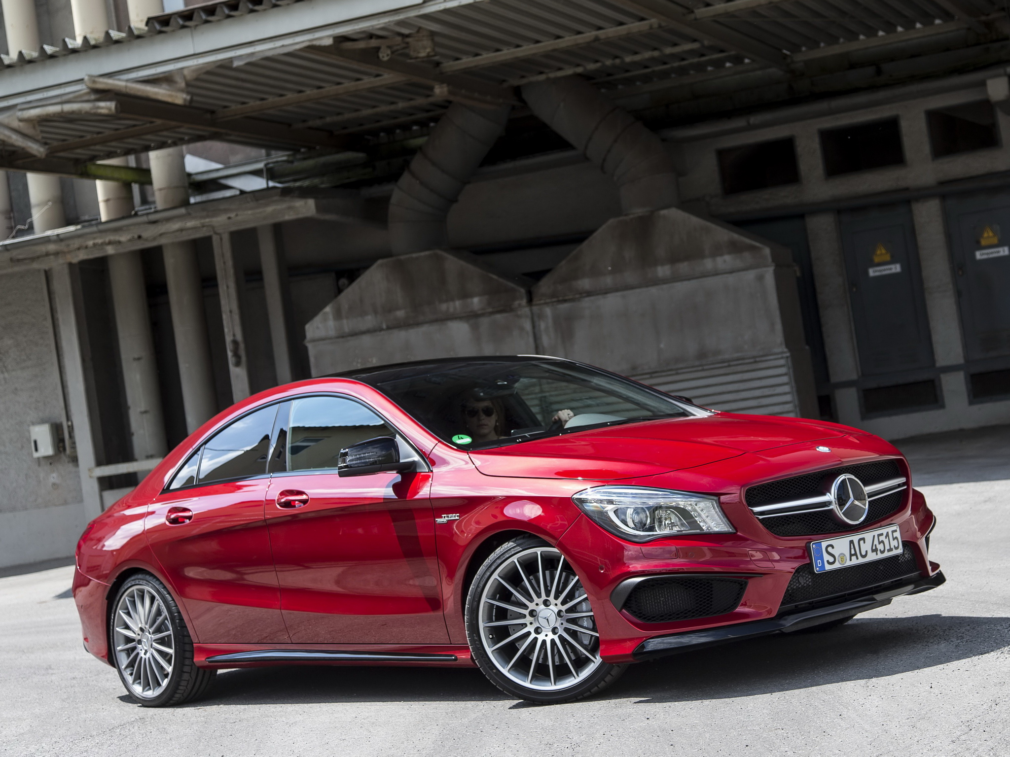 mercedes cla 45 amg gets long term review in the uk autoevolution. Black Bedroom Furniture Sets. Home Design Ideas