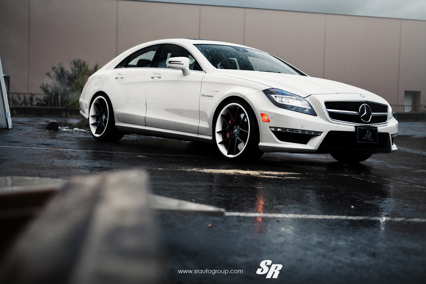 Mercedes cls63 amg on adv1 wheels autoevolution for Auto mercedes benz