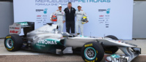 Mercedes GP Aims for Stronger 2011 F1 Campaign