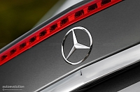 Mercedes-Benz enhances in-vehicle connectivity