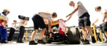 Mercedes, Renault Handed $50,000 Fines for Pit Lane Incidents