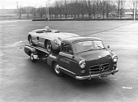 Original Mercedes-Benz Renntransporter carrying a 300 SLR