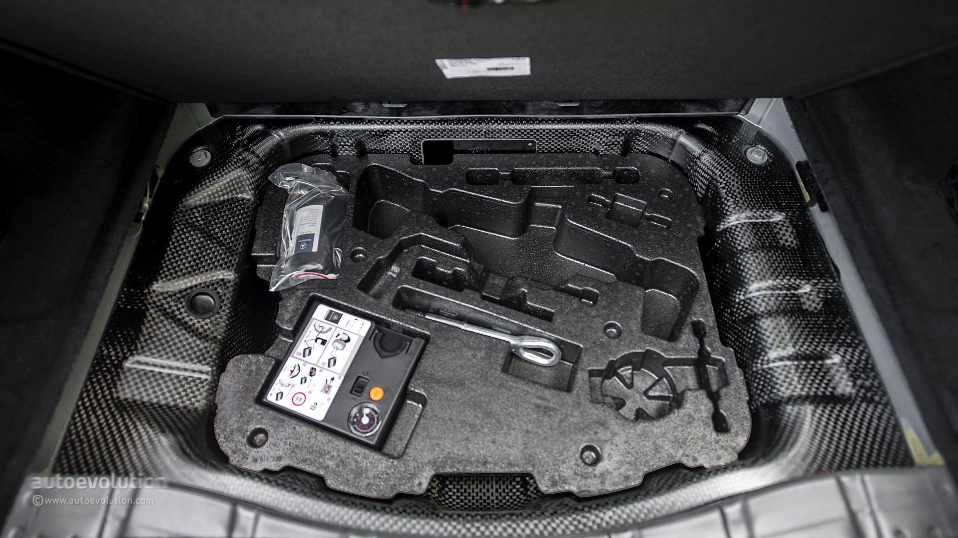 Mercedes S Tire Fender