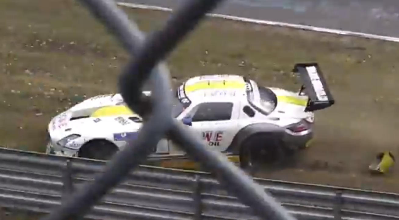 Mercedes SLS GT3 AMG Crashes During First VLN Race of 2015 ...