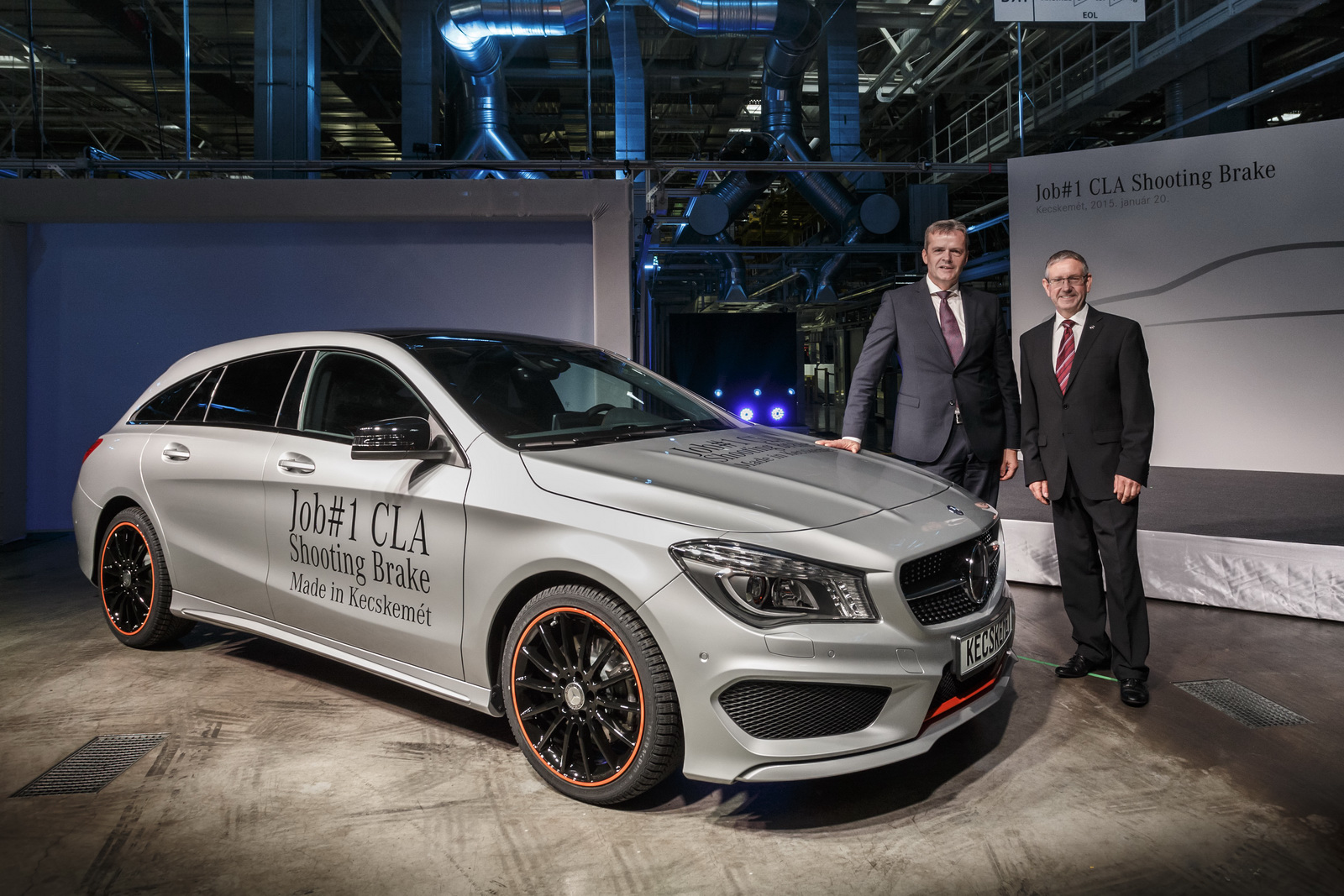 mercedes starts cla shooting brake production in hungary autoevolution. Black Bedroom Furniture Sets. Home Design Ideas