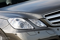 Mercedes eyes sales record in 2011
