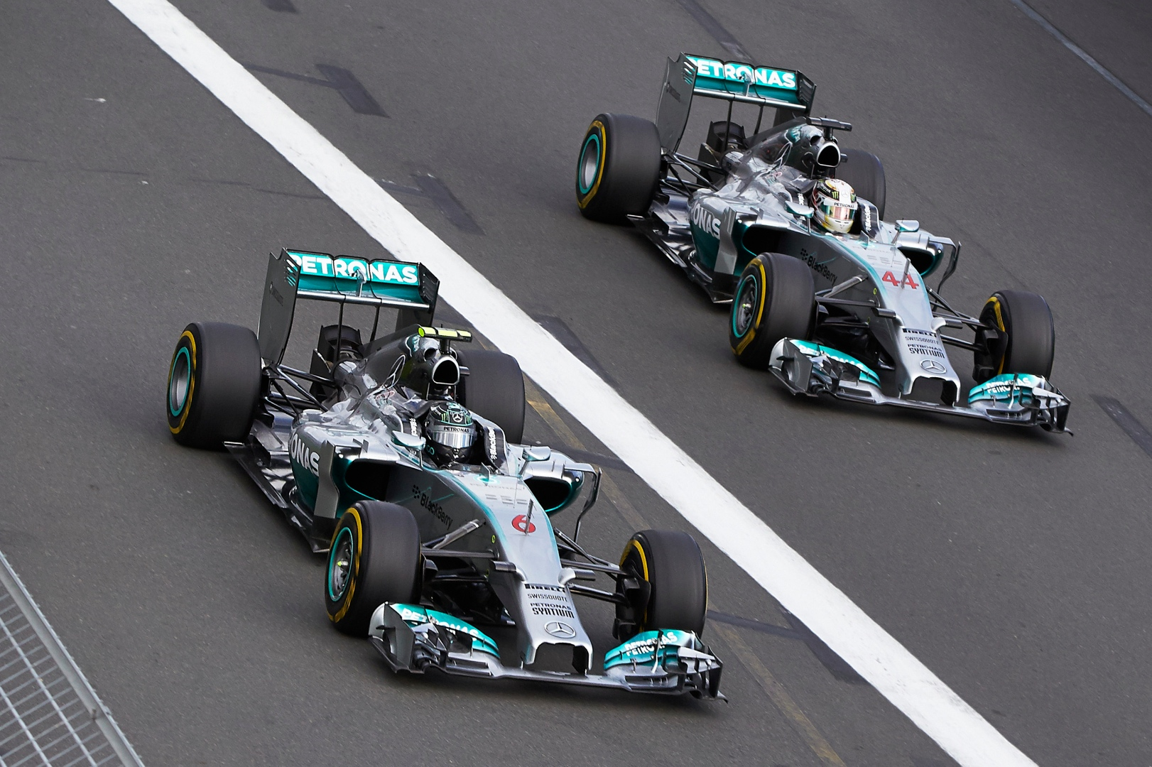 Mercedes Amg F1 Sues Engineer For Data Theft Autoevolution