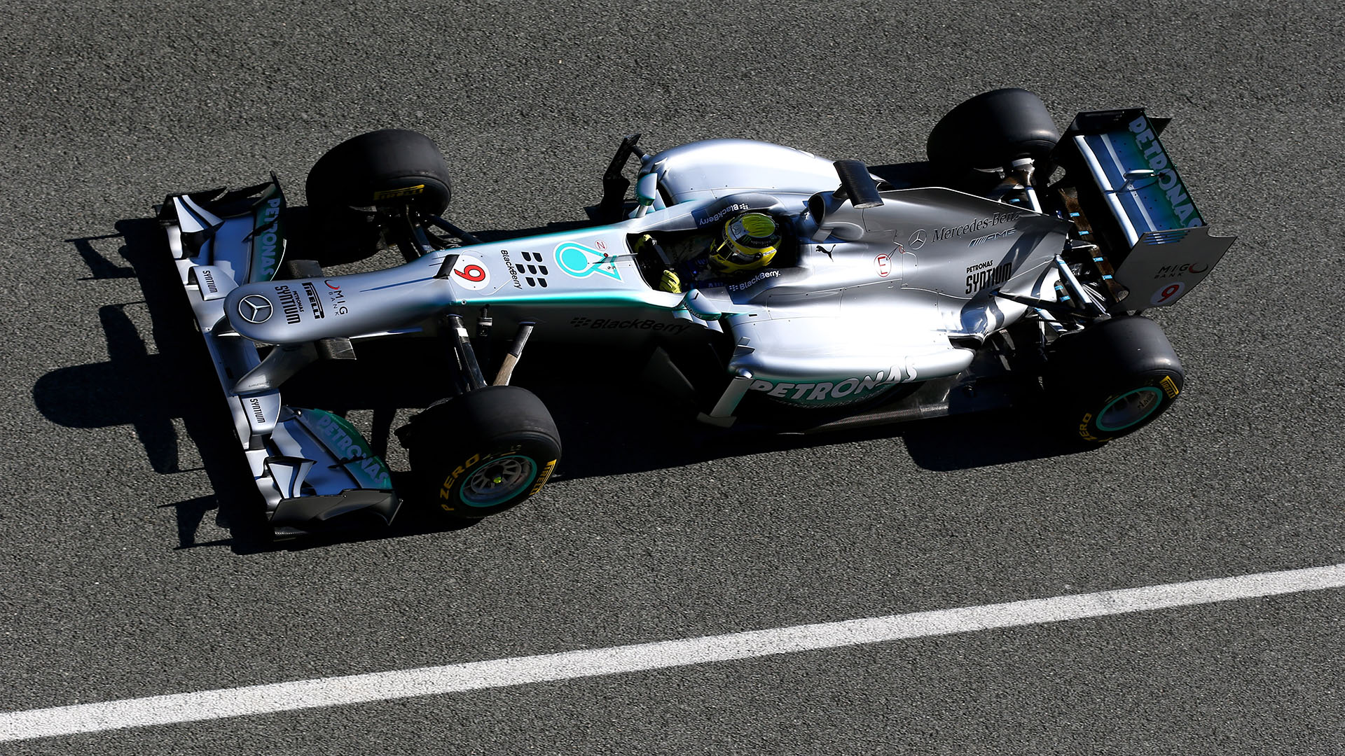 Mercedes W04 Formula 1 Car Showcased At Jerez Autoevolution