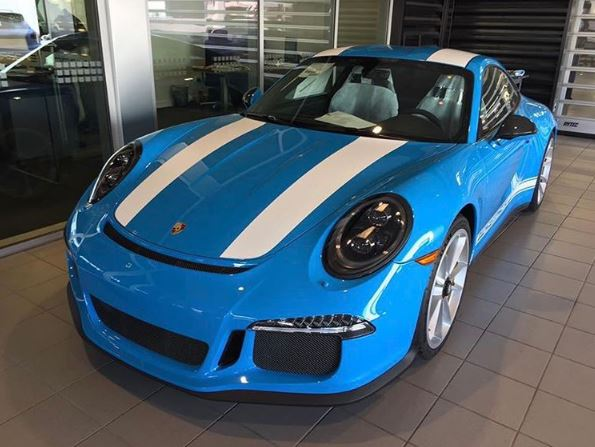 mexico blue porsche 911 r with white stripes lands in california is a stunner autoevolution autoevolution