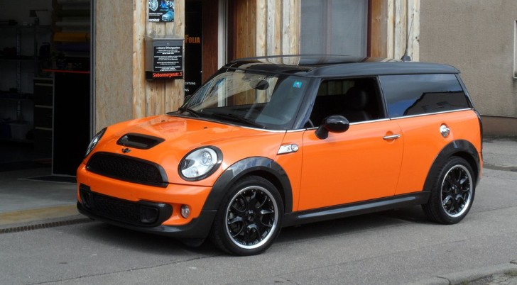 MINI Cooper Clubman S Goes Toxic Orange at Schwaben Folia [Photo Gallery]