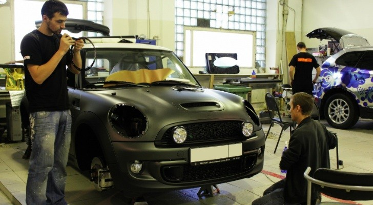 MINI Cooper S Gets Blacked Out in Russia [Photo Gallery]