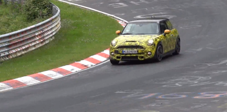 MINI Cooper S Testing on the Nurburgring [Video]