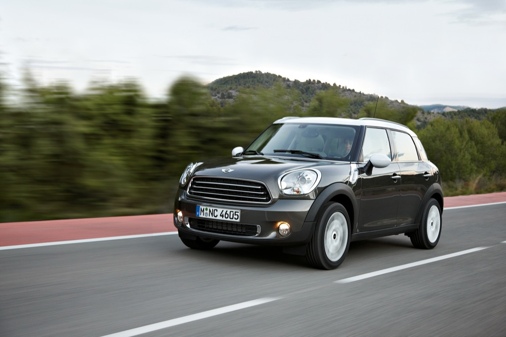 mini countryman pricing announced autoevolution. Black Bedroom Furniture Sets. Home Design Ideas