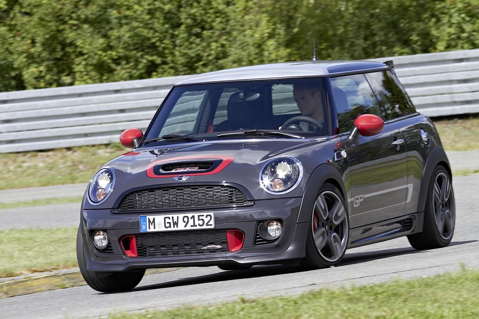mini john cooper works gp uk pricing announced autoevolution. Black Bedroom Furniture Sets. Home Design Ideas