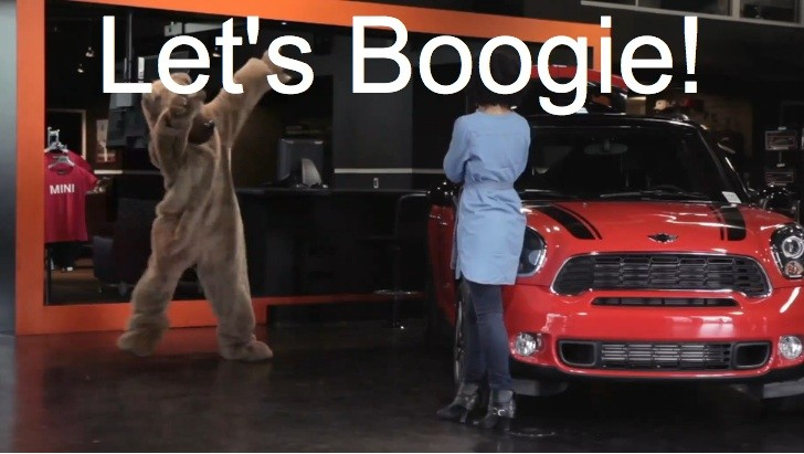 MINI Pranks Customer: Dancing Bear in Countryman Trunk [Video]
