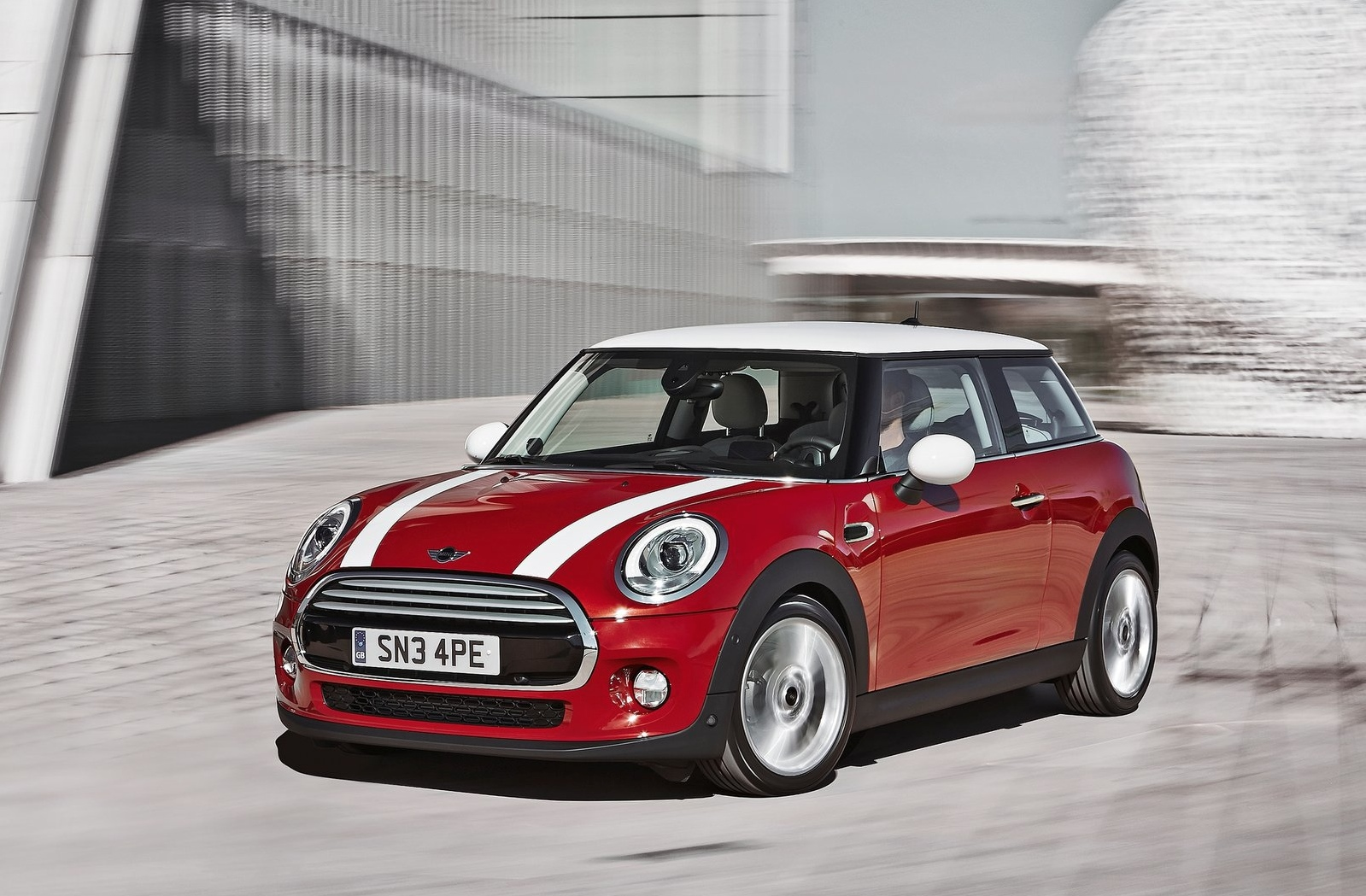 mini will recall 5 805 2014 cooper models over faulty spare wheel nut autoevolution. Black Bedroom Furniture Sets. Home Design Ideas