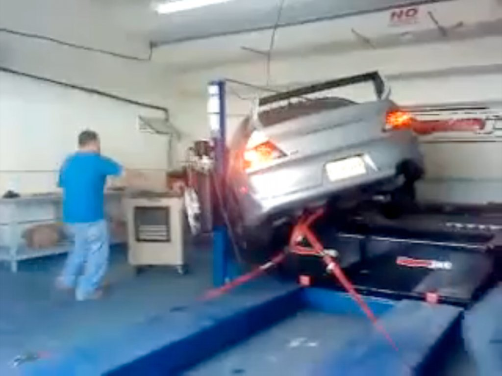 Once Driven Reviews >> Mitsubichi Lancer Evo Dyno Fail - autoevolution