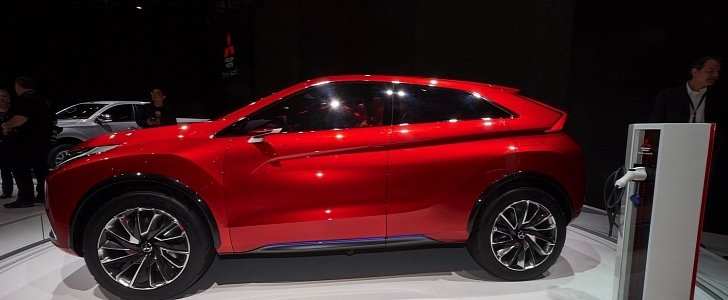 Mitsubishi Confirms Cuv Coupe For 2017 Will Slot Above The Outlander Sport Autoevolution