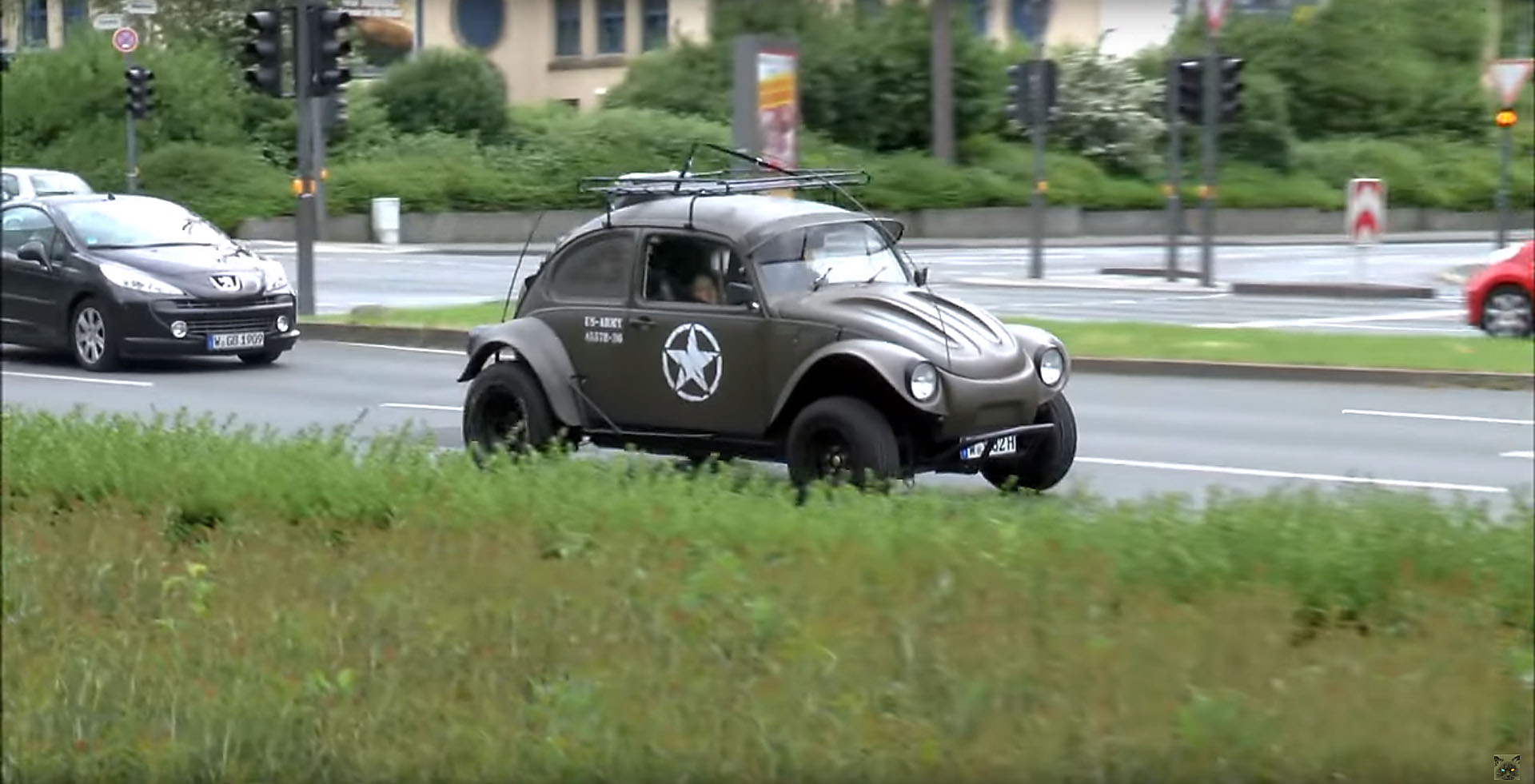 Modded U S Army Vw Bug Looks Fabulous Gets A Few Things