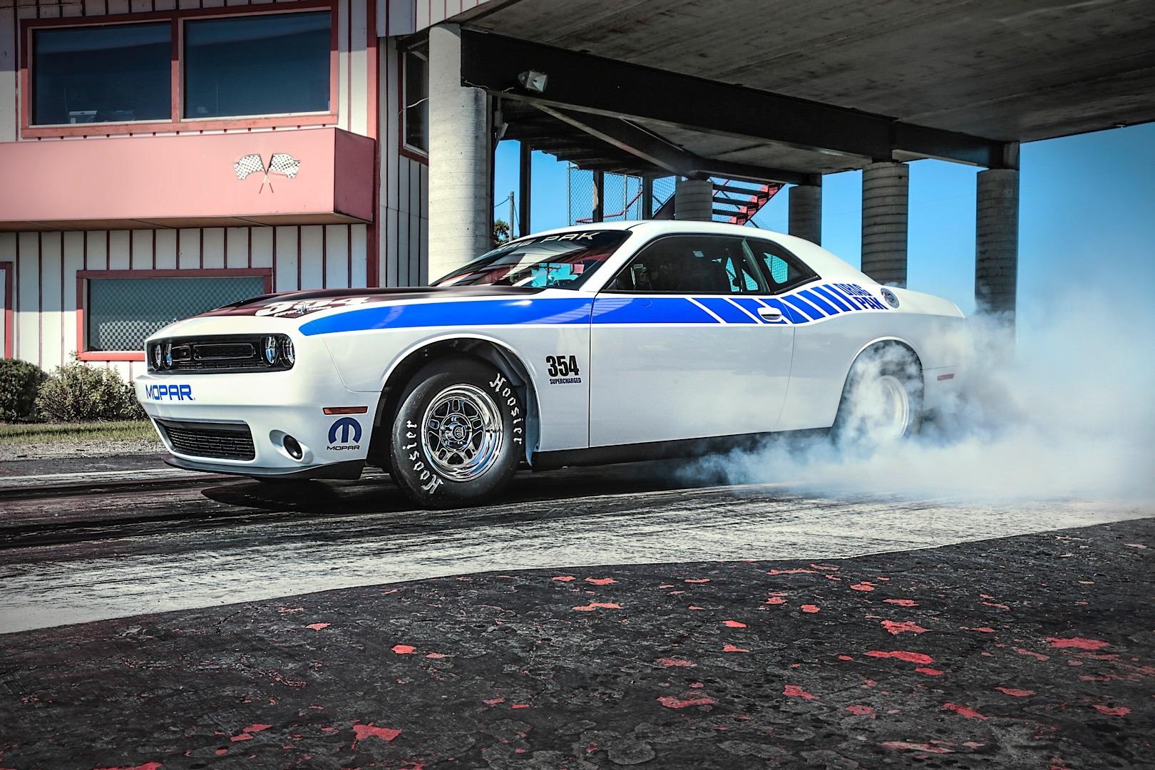 Mopar\'s Drag Pak for the Dodge Challenger Is All Your Drag Race ...