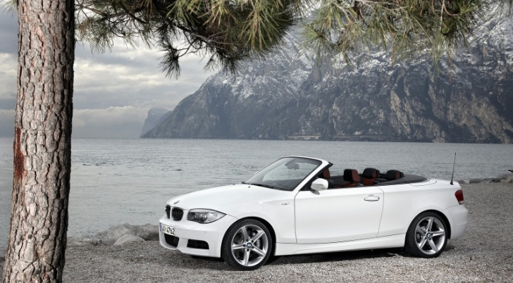 more bmw 2 series coupe and cabrio details emerge autoevolution. Black Bedroom Furniture Sets. Home Design Ideas