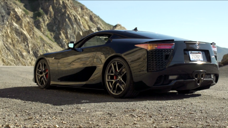 Motor Trend Takes a Look at the Lexus LFA's End of Production [Video]
