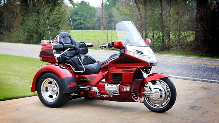 Motor Trike's Phoenix Kit for Honda Gold Wing GL1500 [Photo Gallery]