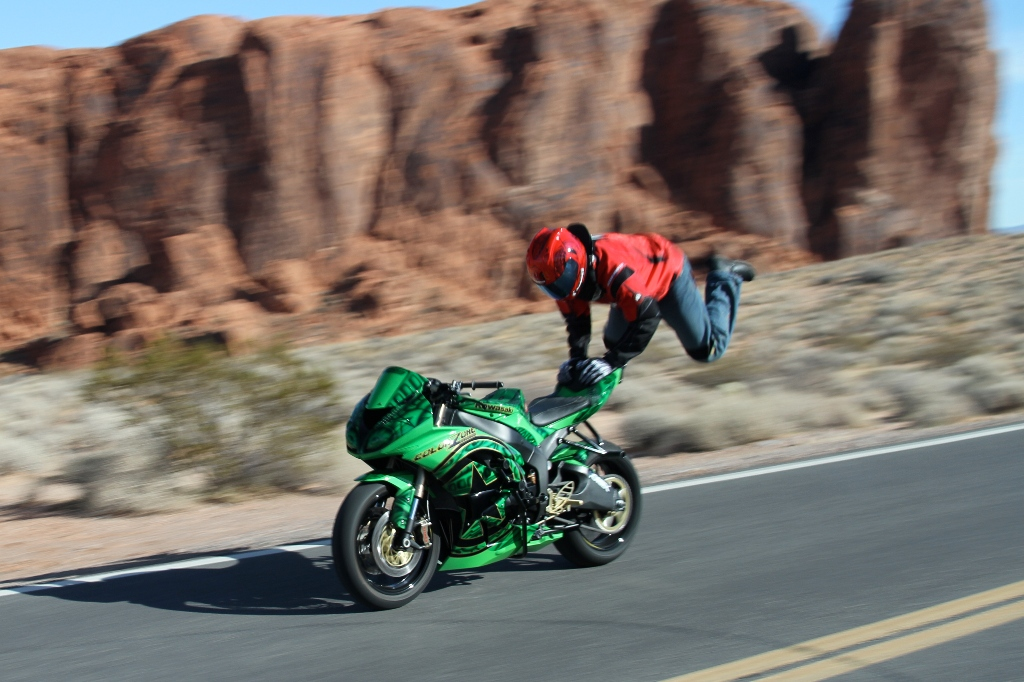 Motorcycle Stunt Star Jason Britton To Rock 2011 Ims Autoevolution